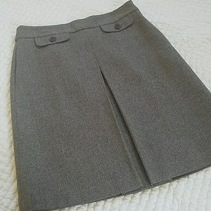 Classic Tweed A-line Skirt with Pockets!